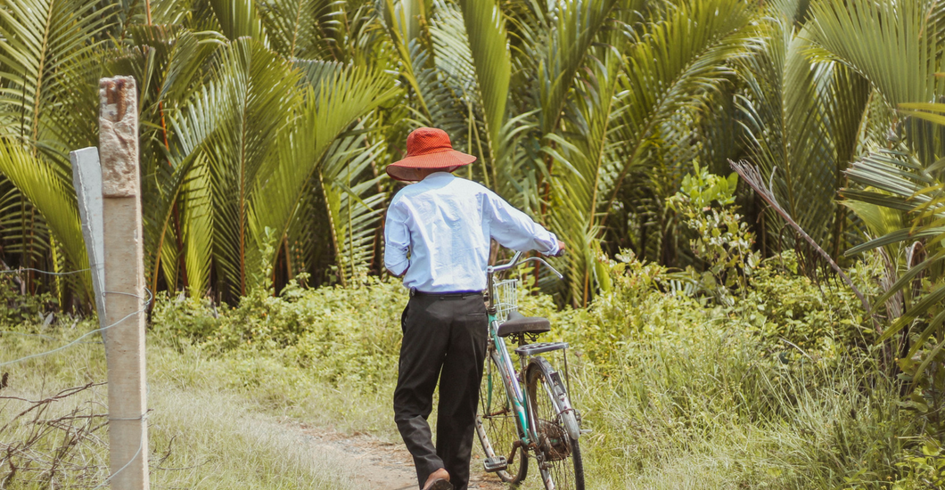 self guided DIY bike tour of the hoi an countryside central Vietnam bicycle ride
