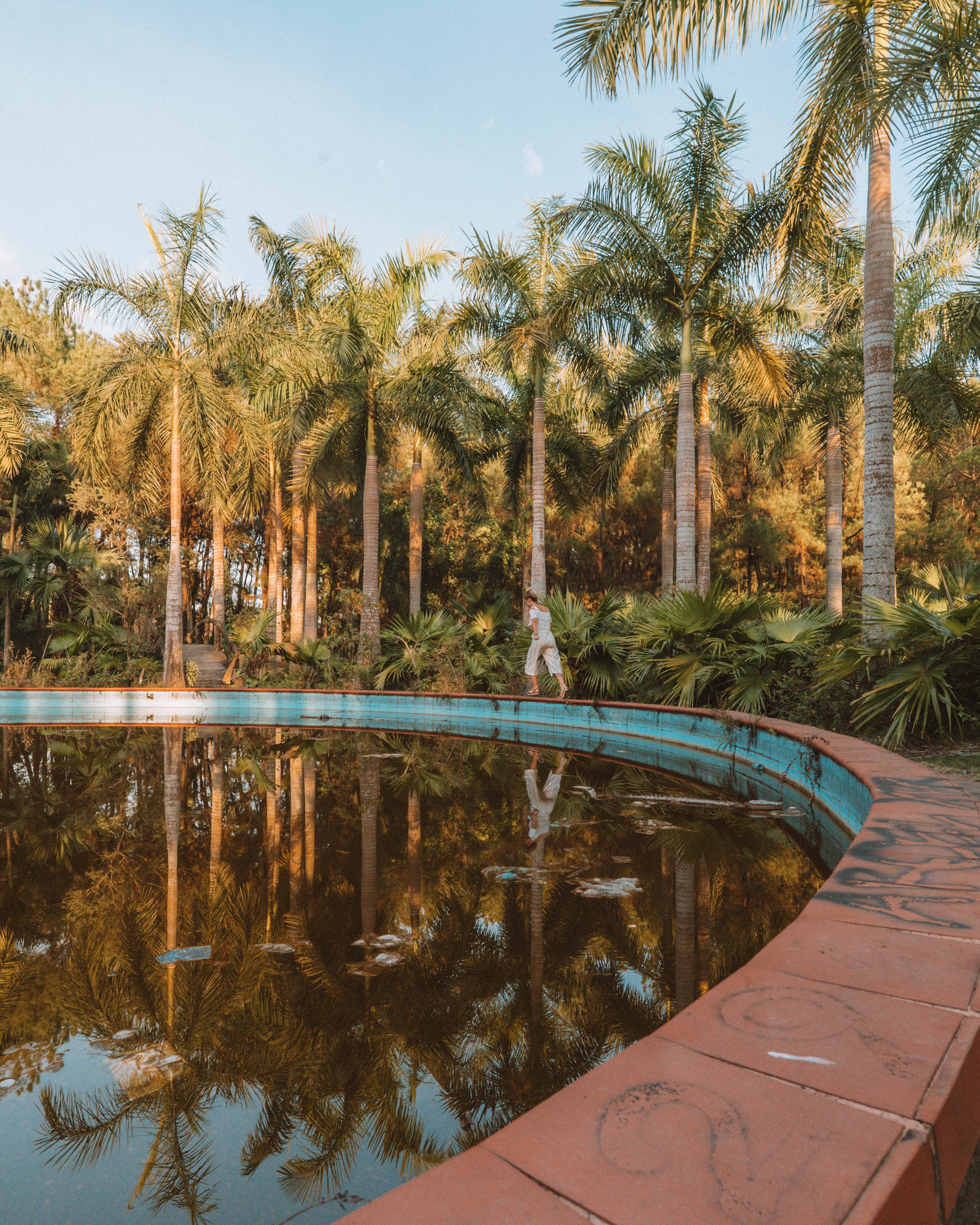 How to Find the Abandoned Waterpark in Hue dragon statue thuy tien lake Vietnam