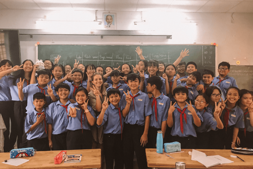 how to find a teaching english job in Vietnam